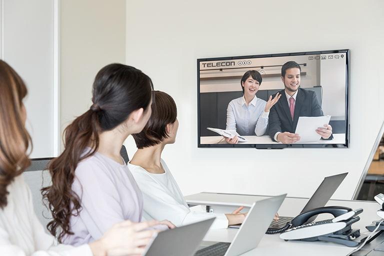 テレビ会議のメリット・デメリットとは?web会議との機能も比較 ...